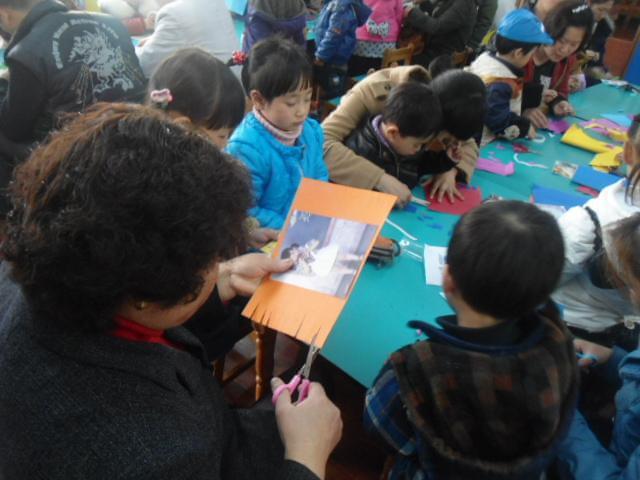 """庆""""三八""""亲子活动计划 —幼儿园大班亲子活动方案"""