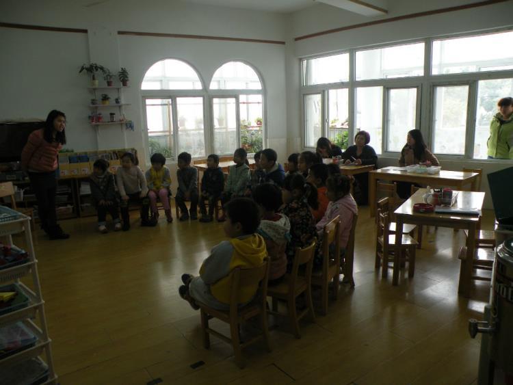 幼儿园区域理发店投放材料图片