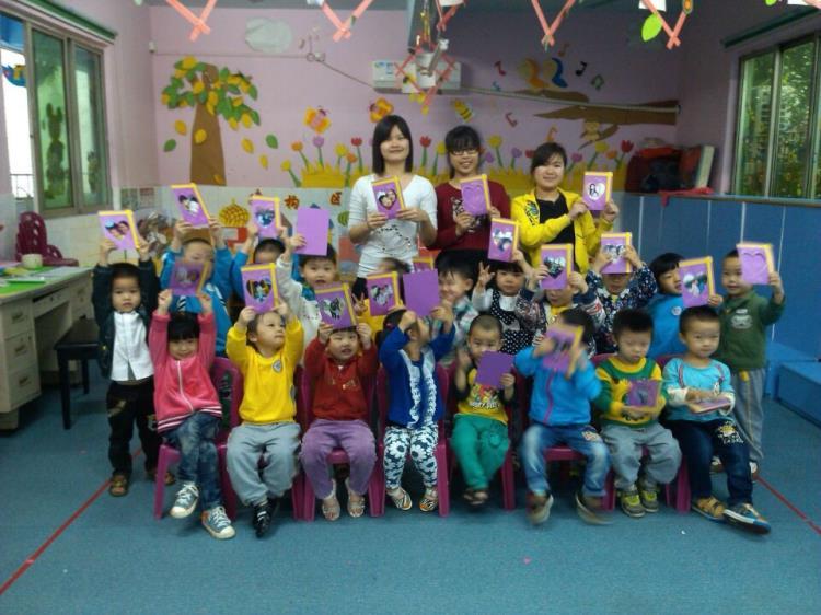 世界地球日,废旧纸箱在幼儿园大显身手!