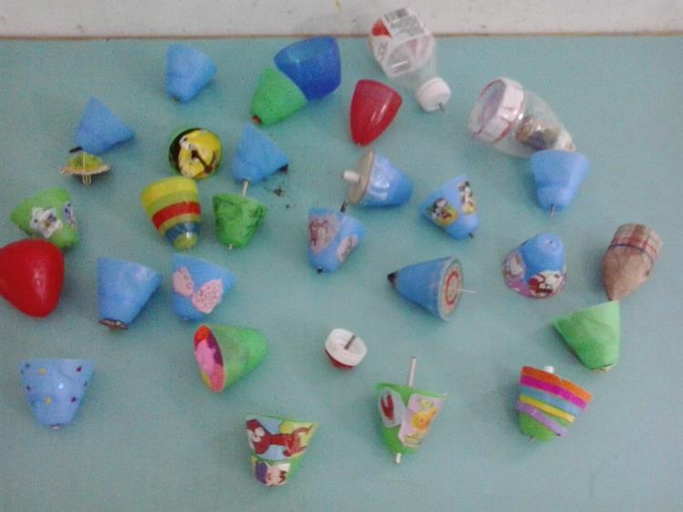 幼儿园区域游戏中自制玩具有效利用