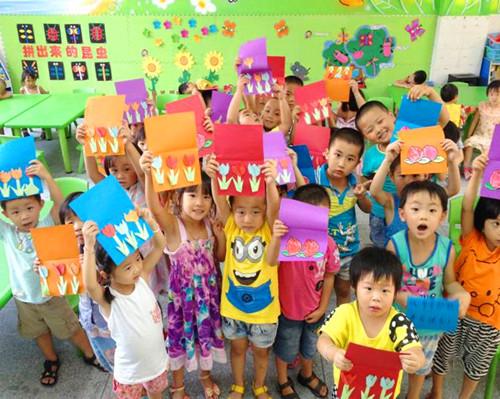 建华幼儿园中班重阳节