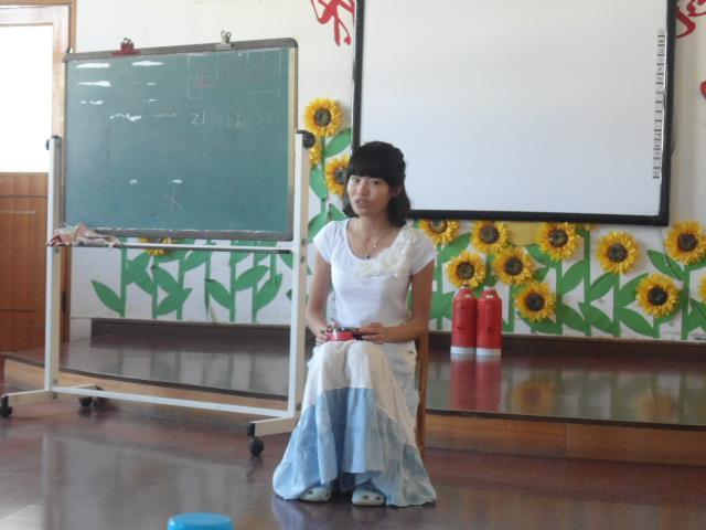幼儿园老师的工作怎么样